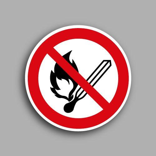 P003 pittogramma con simbolo vietato fumare ed usare fiamme libere