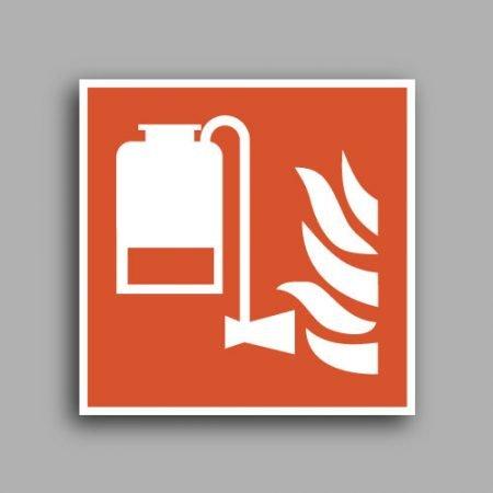 Simbolo ISO 7010 F010 | Gruppo portatile antincendio a schiuma