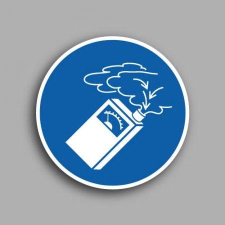Etichetta con simbolo ISO 7010 M048 | Obbligatorio utilizzare il rilevatore di gas